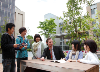 Ritsumeikan University's Progress toward Internationalization