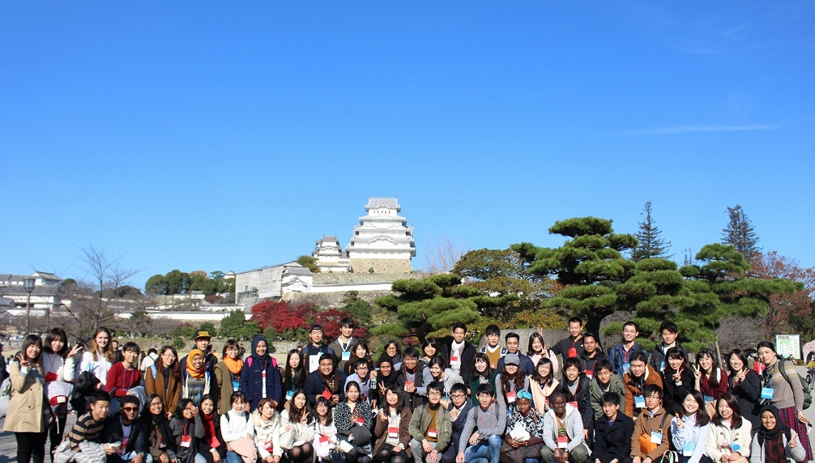 Group photo at Himeji Castle