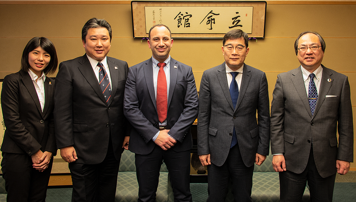 Non-resident Ambassador of Malta to Japan visits Ritsumeikan University - photo with Chairman of the Trust and Chancellor of Ritsumeikan University